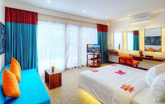 Golden Temple Retreat - Siem Reap Hotel Luxury Poolside Room
